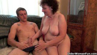 Peliculas completas porno abuelas folladas por el sobrino gratis Joven Pervertido Le Gusta Las Abuelas Porno Gratis Porno Del Bueno Los Mejores Videos Porno Xxx En Hd