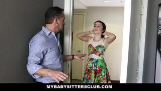 linda chica se clava al jefe de su esposo mejores tetas